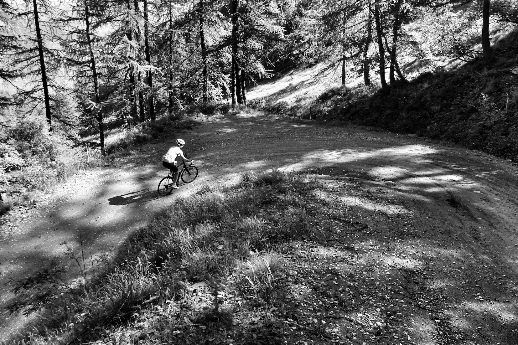 SGL, early on in the gravel section of the Finestre