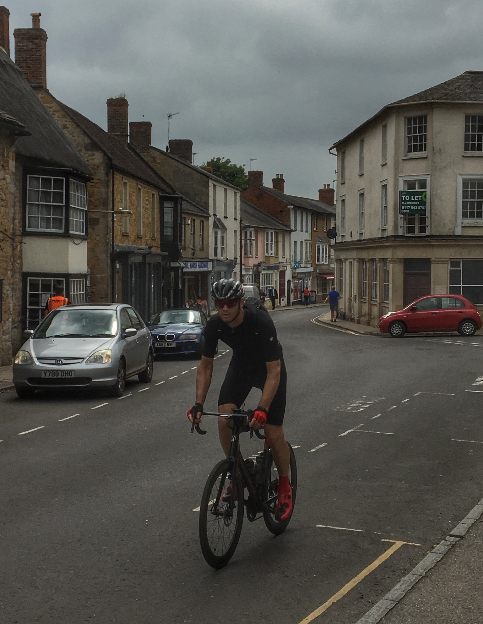 Castle Cary: 212km and not even half way!